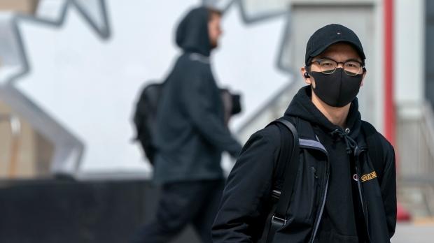تصویر از پزشک ارشد تورنتو : آنچه در مورد ماسک ها باید بدانید