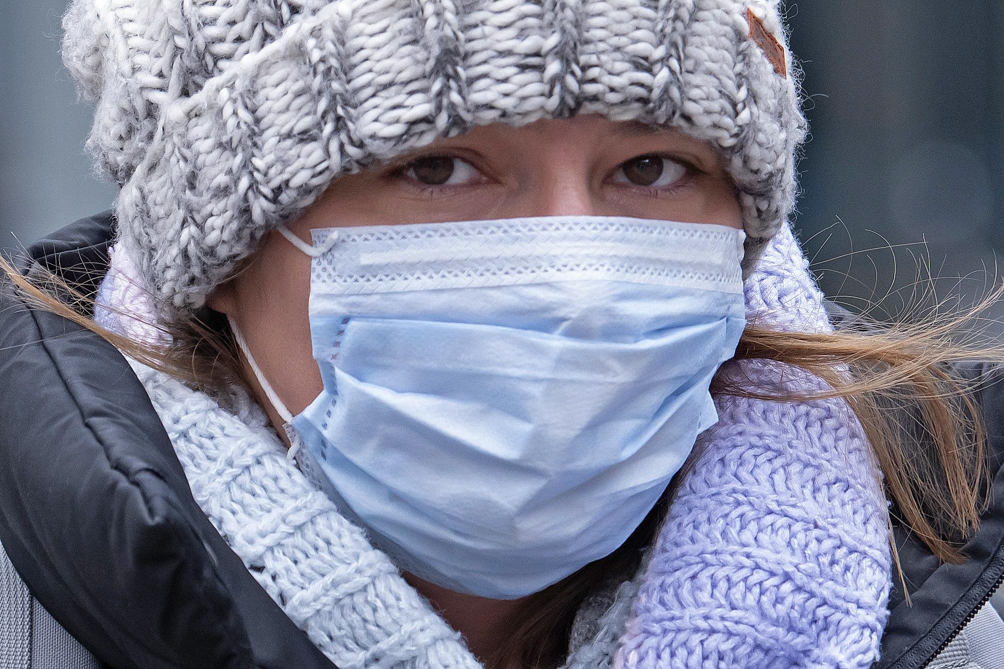 تصویر از ماسک ها می توانند برای افراد ناشنوا، اوتیسمی و آسمی مشکل ساز باشند