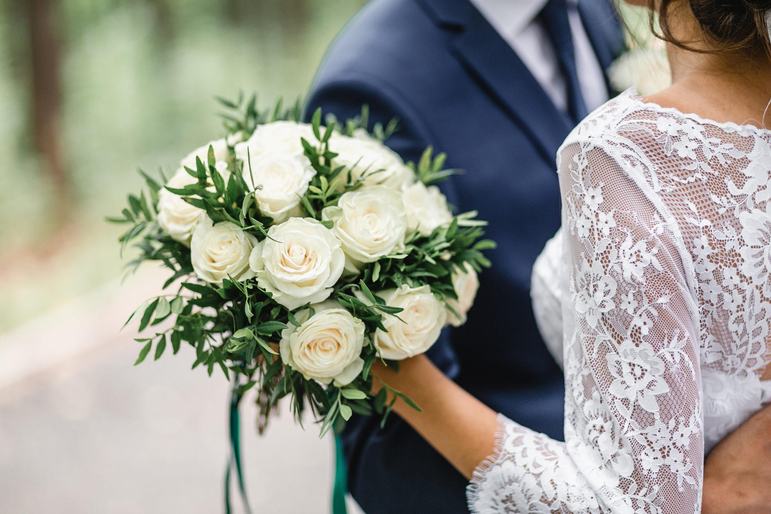 تصویر از بریتیش کلمبیا : عروسی های کوچک ونکوور در بحران کرونا به زوج ها کمک می کند
