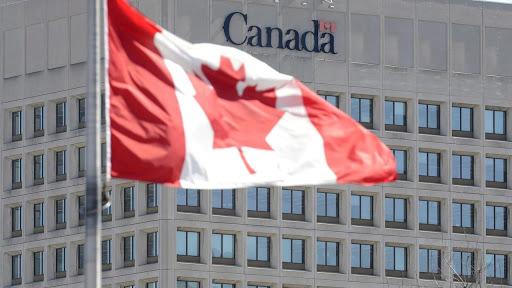 تصویر از عذرخواهی رهبران نیروهای مسلح کانادا بابت پاسخ با تأخیر به نژاد پرستی