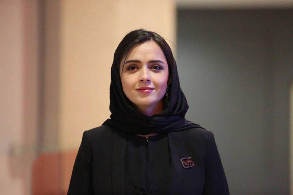 تصویر از حبس ترانه بخاطر توئیت / ترانه علیدوستی، هنرپیشه ایرانی به 5 ماه حبس محکوم شد