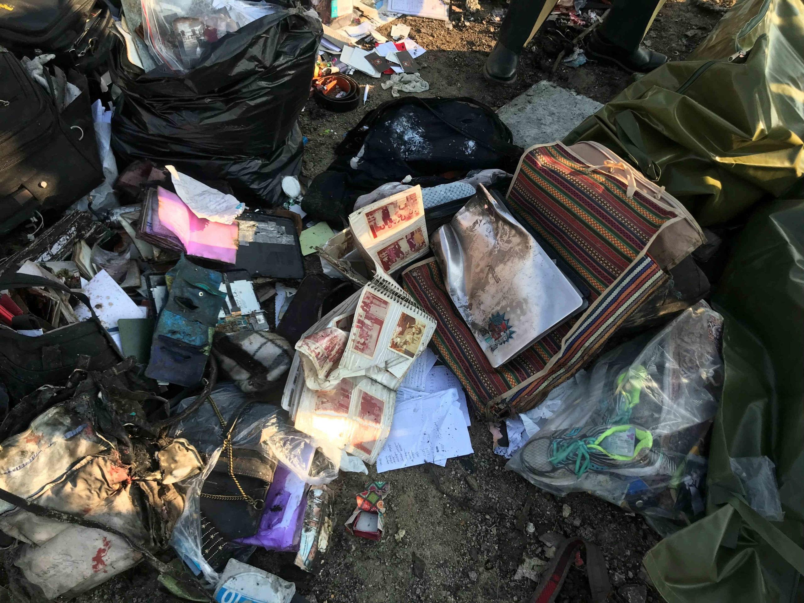 تصویر از آزادی سه متهم مرتبط با سقوط هواپیمای اوکراینی به قید وثیقه