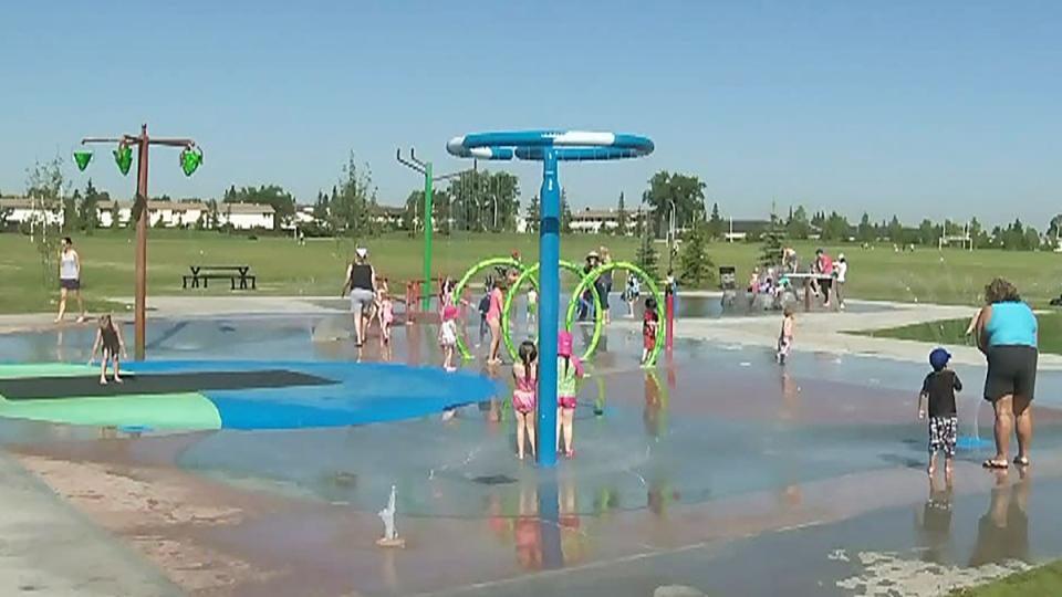 تصویر از ادمونتون _ آلبرتا : هفت پارک آبی در ادمونتون در پایان این هفته بازگشایی میشوند