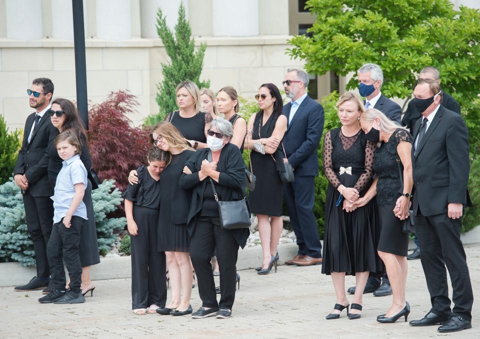 تصویر از اخبار تورنتو : مراسم خاکسپاری مادر و سه دختر کشته شده در تصادف برمپتون برگزار شد