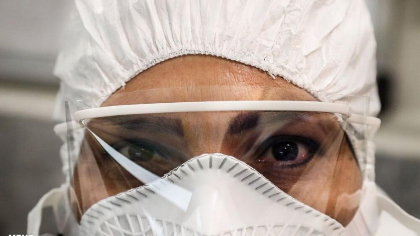 تصویر از عفو بینالملل خبر داد: قرار گرفتن ایران در بین کشورهایی با بیشترین قربانیان کادر درمان ناشی از کرونا