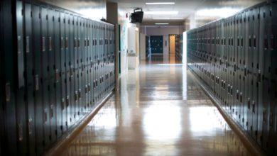 تصویر از مدارس متوسطه در انتاریو در ماه سپتامبر کاملا بازگشایی خواهند شد. اما کدام مدارس؟