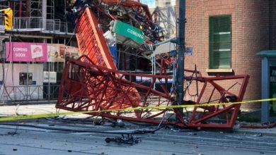 تصویر از آتش نشانی تورنتو از سقوط یک جرثقیل در دان تاون خبر داد