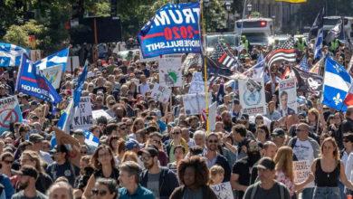 تصویر از اخبار کبک : راهپیمایی هزاران نفر در اعتراض به اجباری شدن ماسک در مونترال