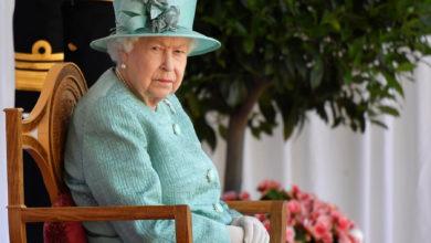 تصویر از کاهش 500 میلیون پوندی ارزش زمین ها و املاک ملکه انگلیس در پی شیوع کووید-19