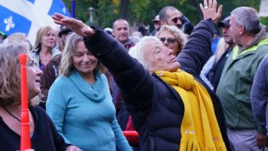 تصویر از تجمع معترضین ضد ماسک : تظاهرکنندگان در پارک مونترال جمع شدند