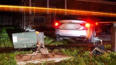 تصویر از راننده مست درپی تصادف با پست برق در تورنتو و متواری شدن ، دستگیر شد