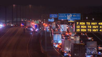 تصویر از حادثه تصادف در بزرگراه 401 تورنتو یک کشته بر جای گذاشت