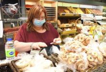 تصویر از صاحب یک نانوایی در مونترال به ماموران پلیس زبان کبک : کسب و کارها را در روزهای پاندمی جریمه نکنید