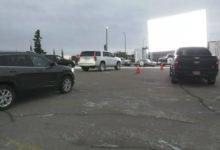 تصویر از فیلم میبل عنکبوتی روز شنبه در یک پارکینگ روباز در ادمونتون اکران شد