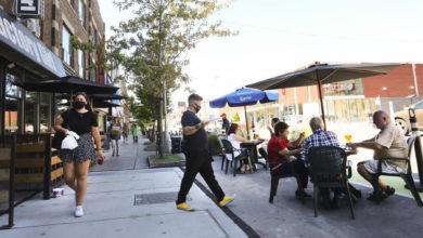 تصویر از تورنتو در حال تبدیل شدن به منطقه قرمز کووید19 ، تعطیلی رستوران ها تا اواسط دسامبر