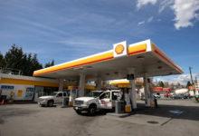 تصویر از شرکت نفتی شل با کمک مشتریان دو سنت در لیتر برای انتشار گاز کربن در نظر میگیرد