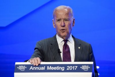 جو بایدن ، دونالد ترامپ را فردی ناشایست خواند ، اما در عین حال استیضاح را تائید نمیکند