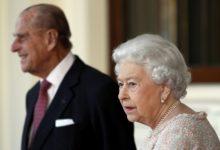 تصویر از ملکه الیزابت و پرنس فیلیپ واکسن کووید19 را دریافت کردند