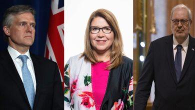 تصویر از سیاستمداران کانادایی که علیرغم پاندمی کرونا به خارج از کشور سفر کرده اند، اکنون گرفتار شده اند