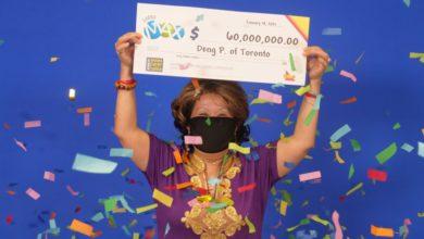 تصویر از زن تورنتویی برنده جکپات لوتو مکس 60 میلیون دلاری با اعدادی که همسرش 20سال پیش خواب دید