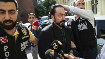 حکم بیش از 1000 سال زندان برای یک مبلغ و موعظه گر تلویزیونی به اتهام جرائم جنسی