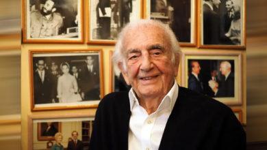 تصویر از امیر اصلان افشار رئیس سابق شورای حکام آژانس بینالمللی انرژی اتمی در ۱۰۱ سالگی درگذشت