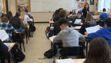 تصویر از افراد مشکوک به گونه های ویروس کرونا باعث به وجود آمدن موجی از تعطیلی ها در مدارس کبک شدند