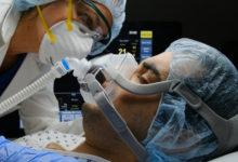 تصویر از ۶ درمان کووید-۱۹ که به زنده ماندن بیماران کمک میکند