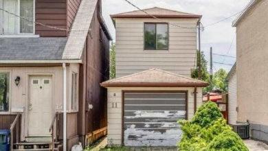 تصویر از بوی بد خانه ۵۰۰۰۰۰ دلاری در تورنتو، بازدید از آن را غیرممکن ساخته است