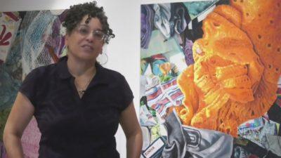 هنر معامله : ویترینهای خالی به گالری های هنر تبدیل میشوند تا خریداران را به مرکز شهر بکشاند