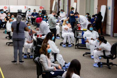 کووید-19 در انتاریو : 170 مورد ابتلا جدید، 3 مورد فوت و بیش از 8.4 میلیون واکسیناسیون کامل