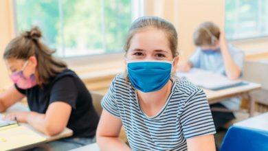 تصویر از انتاریو هشدار داد که از سپتامبر قوانین متفاوتی برای دانشآموزان واکسینه و غیر واکسینه به اجرا خواهد گذاشت