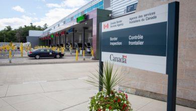 تصویر از قوانین جدید عبور از مرز کانادا – آمریکا برای کانادایی ها و ویزیتورها اجرا میشود