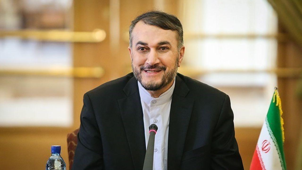 وزیر خارجه ایران به منظور رفع تنشها و برای شرکت در نشست بینالمللی بغداد به عراق سفر میکند