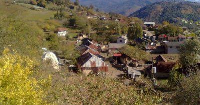 تخریب منازل سه خانواده بهائی در روستای روشنکوه ساری با حکم اداره منابع طبیعی