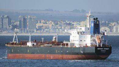 تصویر از آمریکا، انگلیس و اسرائیل، ایران را مسئول حمله به کشتی می دانند؛ تهران تکذیب میکند