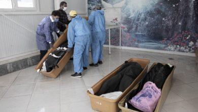تصویر از بازار سیاه دارو و برگزاری محرم با وجود بحران روز افزون کرونا و شمار مرگ و میرهای ناشی از کووید-۱۹ در ایران