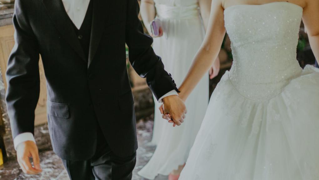 بهداشت ویندزور-اسکس انتاریو محدودیتهای جدیدی برای مراسم عروسی، میکدهها و رستورانها برقرار میکند