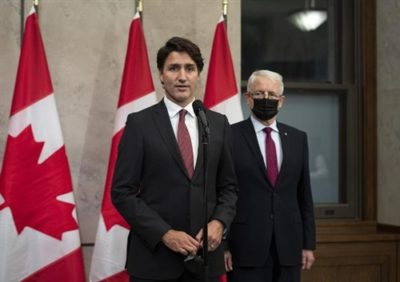 نخستوزیر جاستین ترودو گفت که مایکل کووریگ و مایکل اسپاوور در راه بازگشت به خانه در کانادا هستند