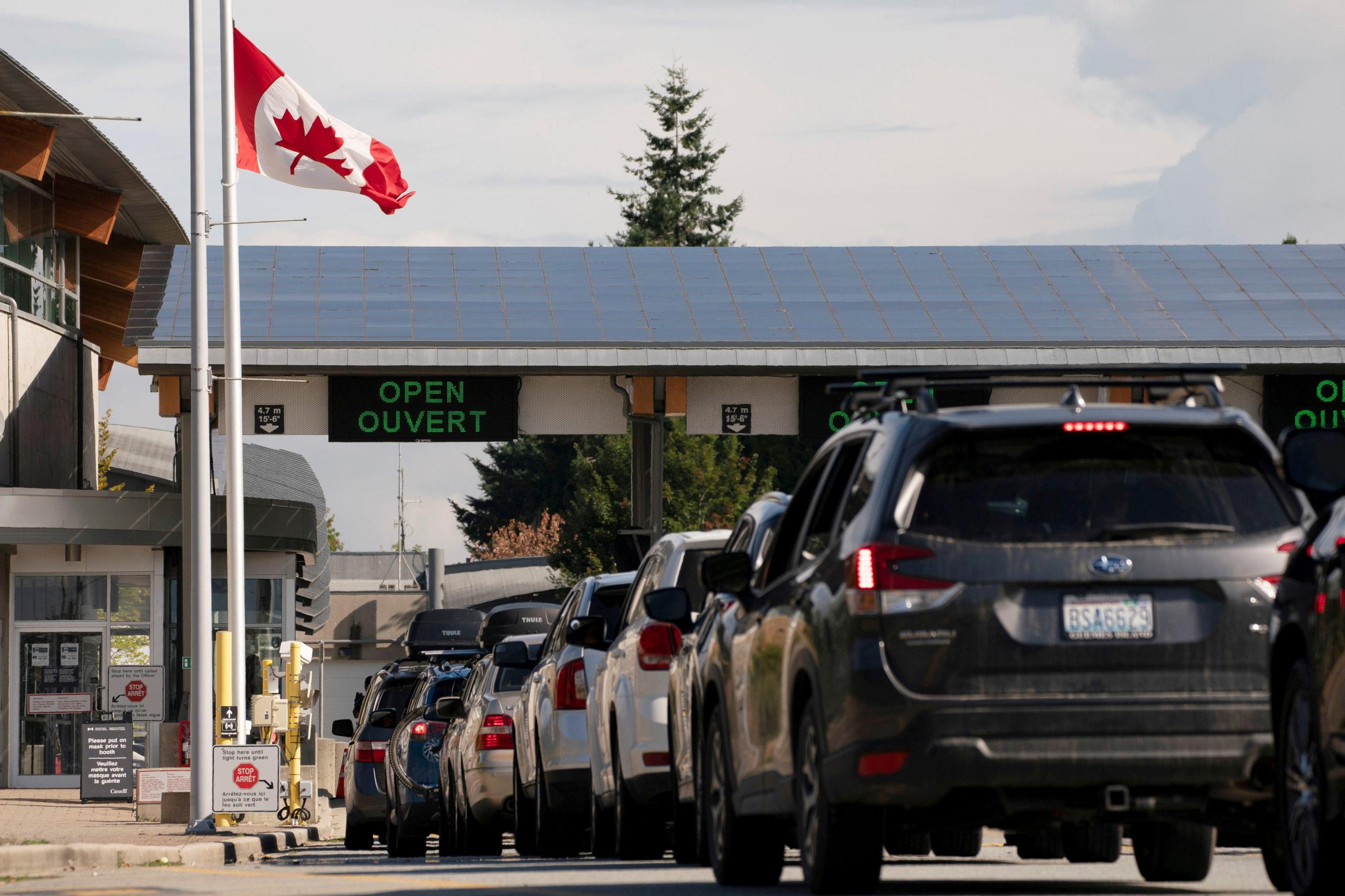 سناتورهای ایالاتمتحده از جو بایدن خواستند که انسداد مرز مشترک با کانادا را لغو کند