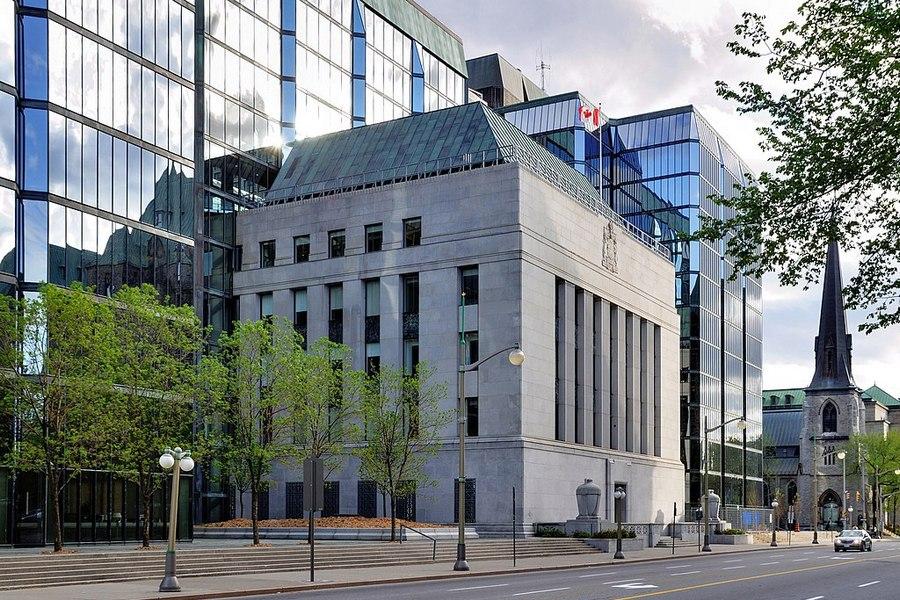 بانک مرکزی کانادا نرخ بهره کلیدی را به دلیل ریسکهای اقتصادی ناشی از پاندمی حفظ کرد