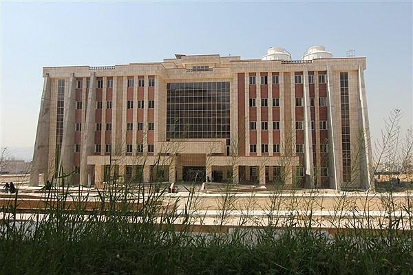بیانیه اعتراضی دوازده انجمن علمی نسبت به حکم برکناری استاد دانشگاه آزاد
