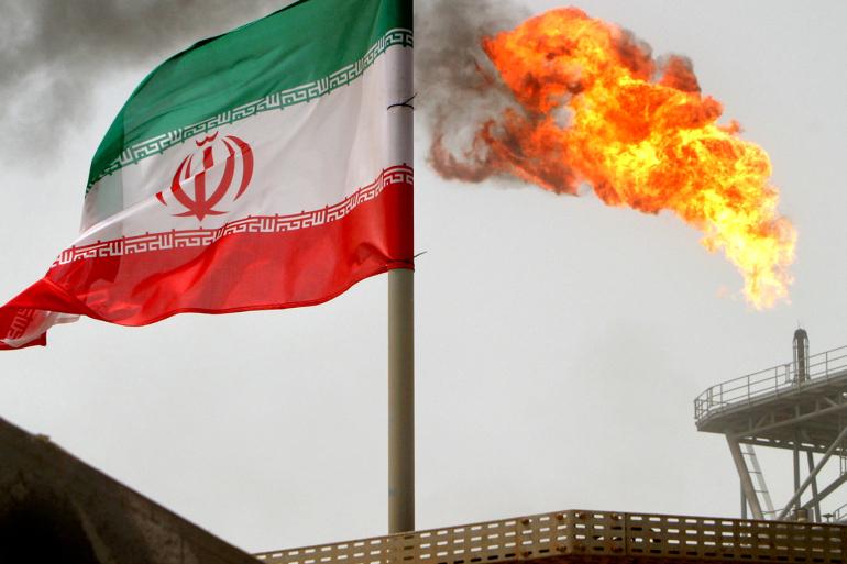 وزیر نفت ایران: تحریمهای آمریکا، ایران را از ۱۰۰ میلیارد دلار درآمد نفتی محروم کرد
