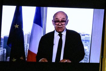 وزیر خارجه فرانسه از جامعه بینالملل خواست تا با ایران برخورد کاملا قاطعانه داشته باشند