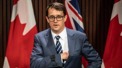 تصویر از انتاریو برای کاهش فشار کاری و فرسودگی شغلی لایحه قانونی پیشنهاد میدهد
